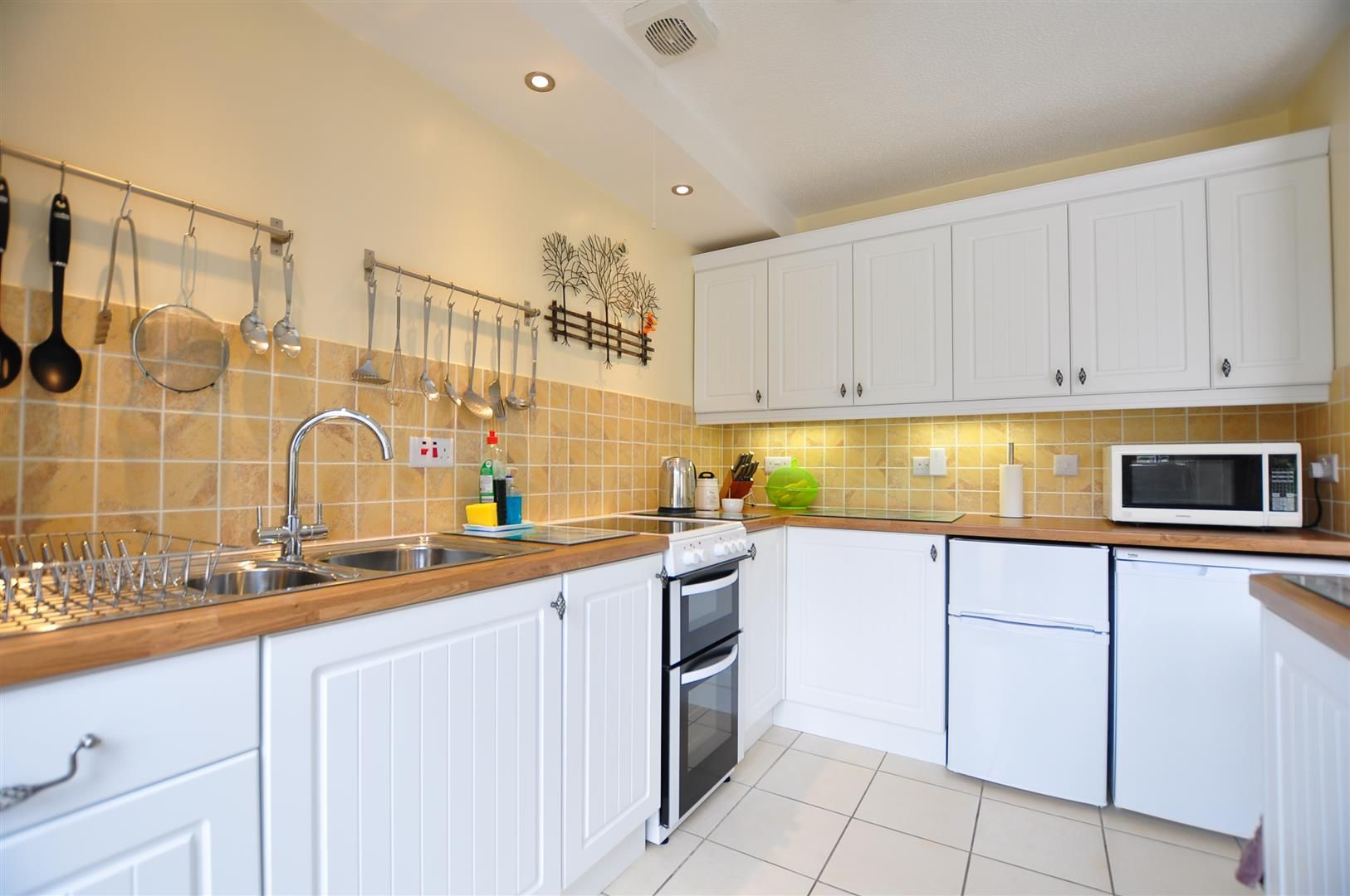 2 bed detached-bungalow for sale  - Property Image 6
