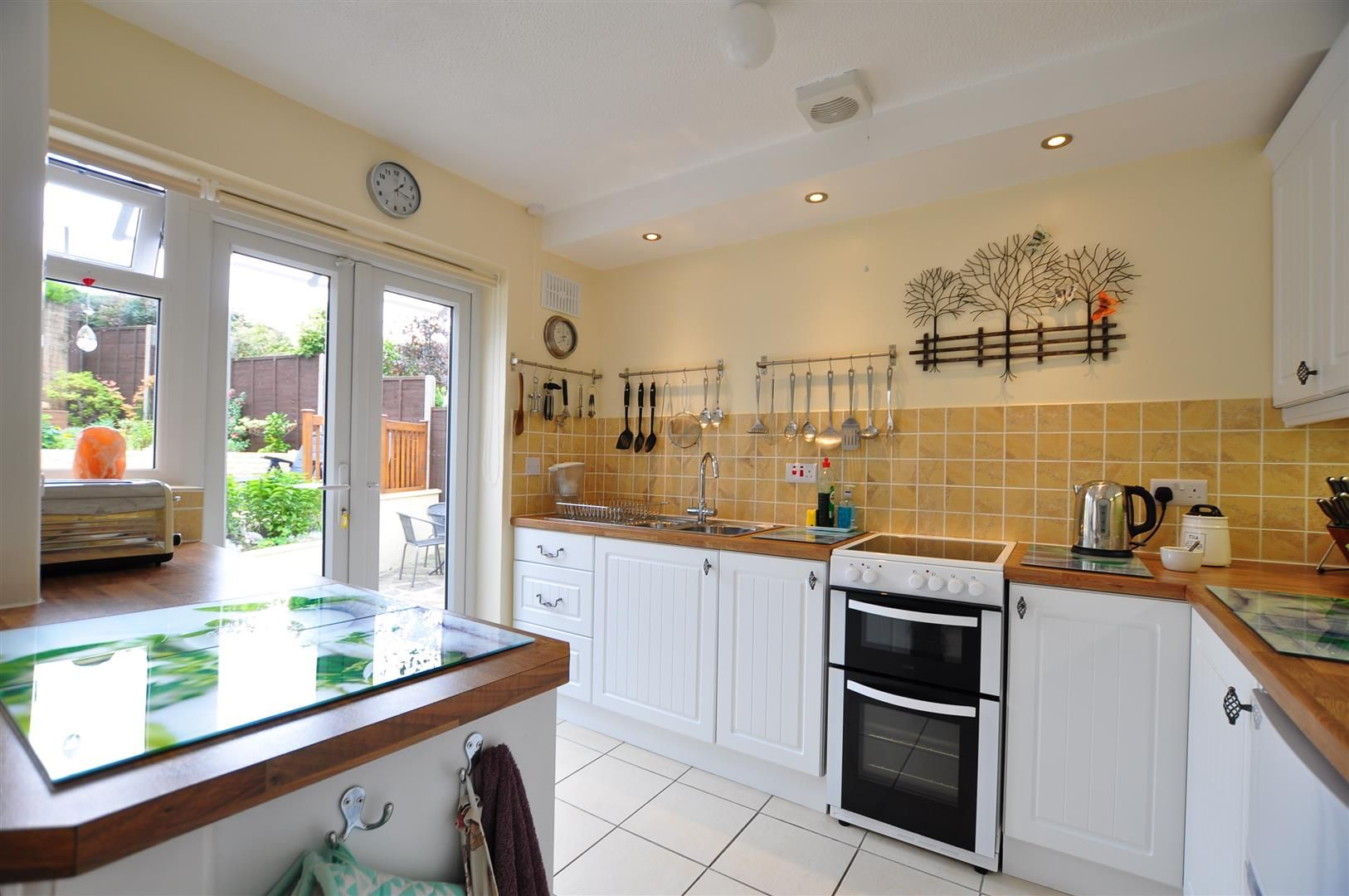 2 bed detached-bungalow for sale  - Property Image 8