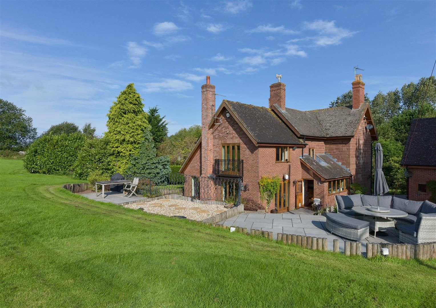 5 bed detached for sale in Broome  - Property Image 3