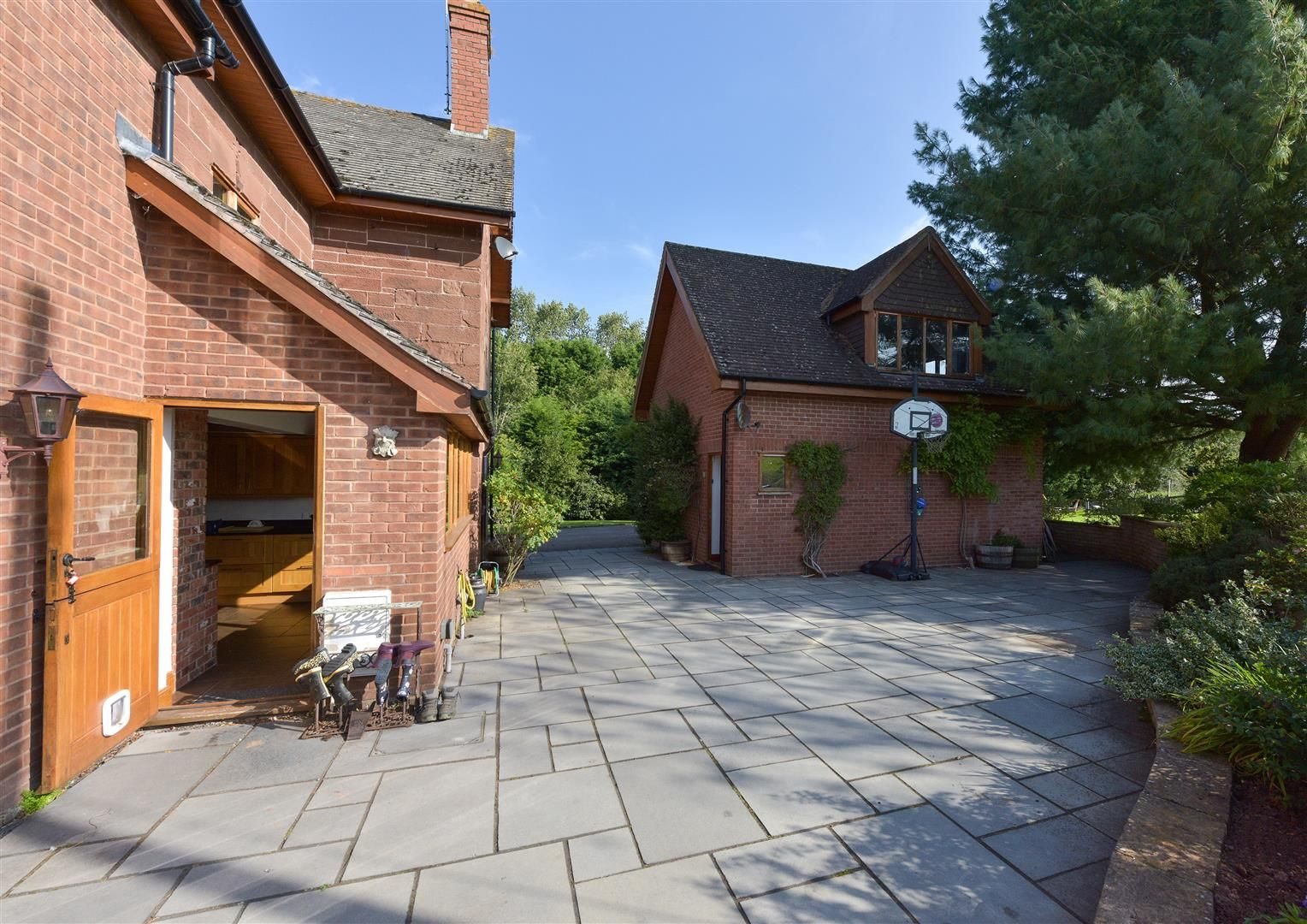 5 bed detached for sale in Broome  - Property Image 24