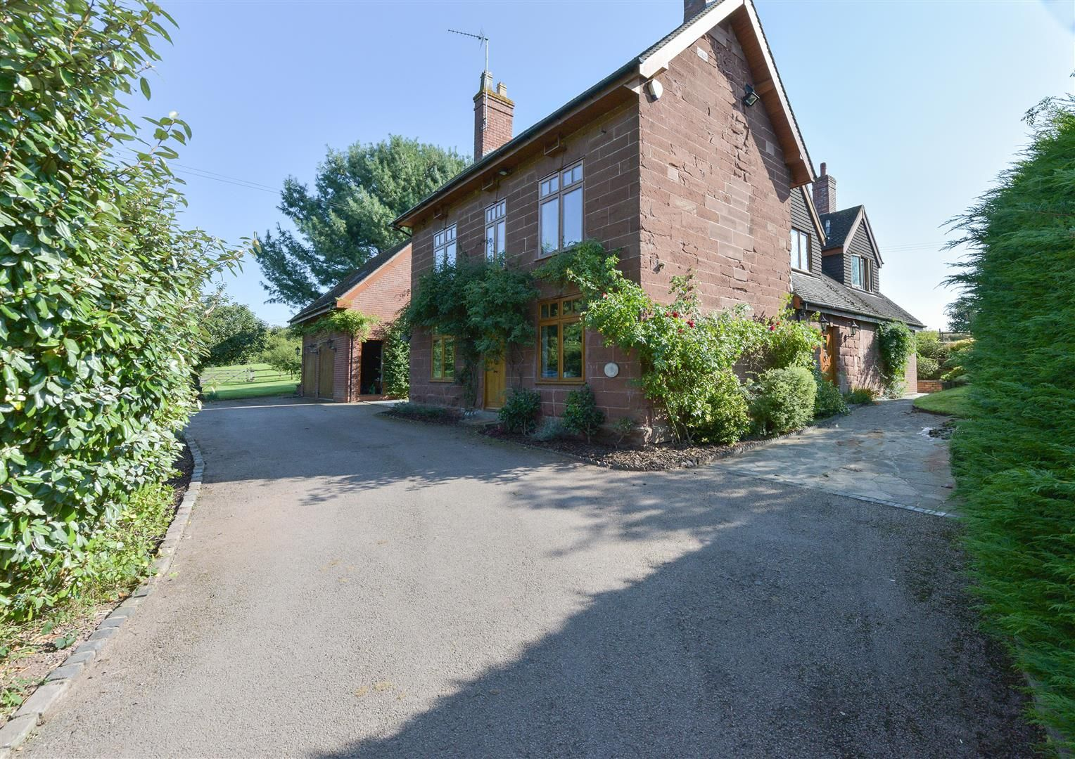 5 bed detached for sale in Broome  - Property Image 31