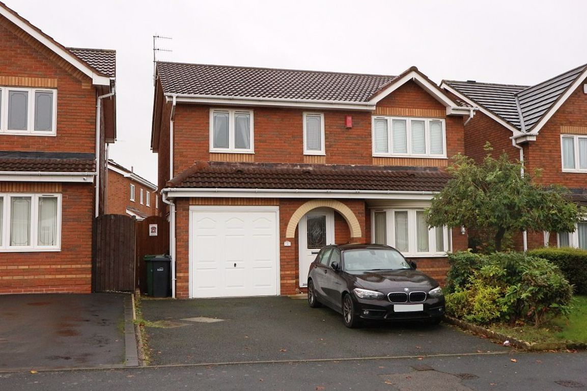 4 bed  to rent in Dudley, DY1