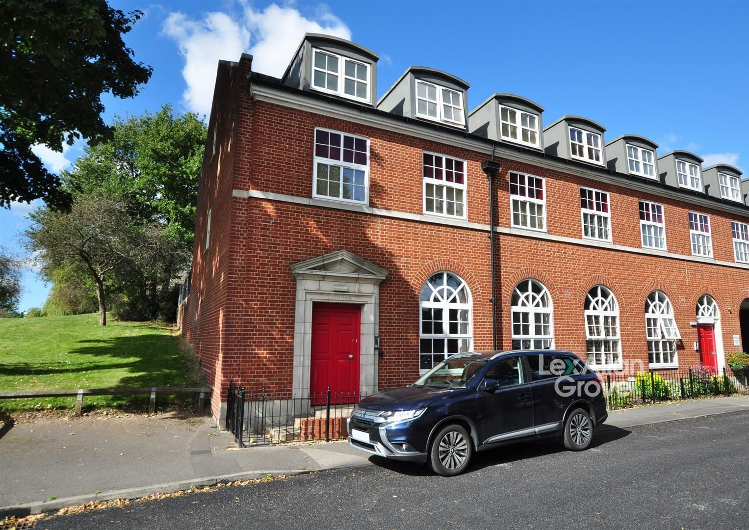 2 bed flat for sale, B64