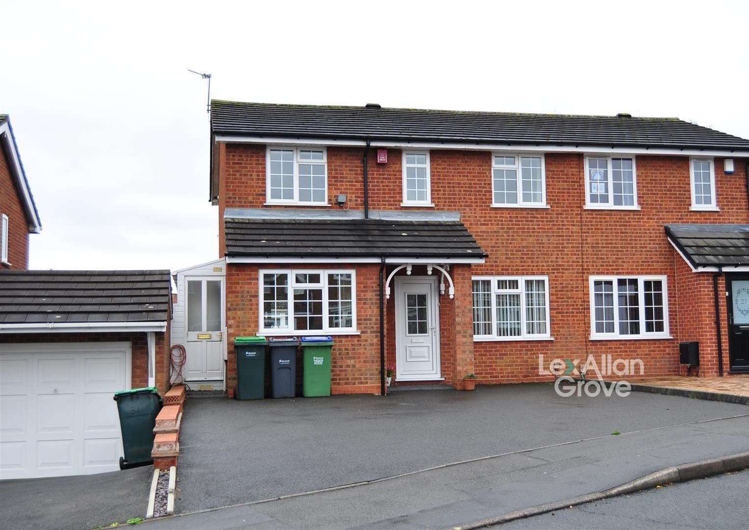 4 bed semi-detached for sale, B65