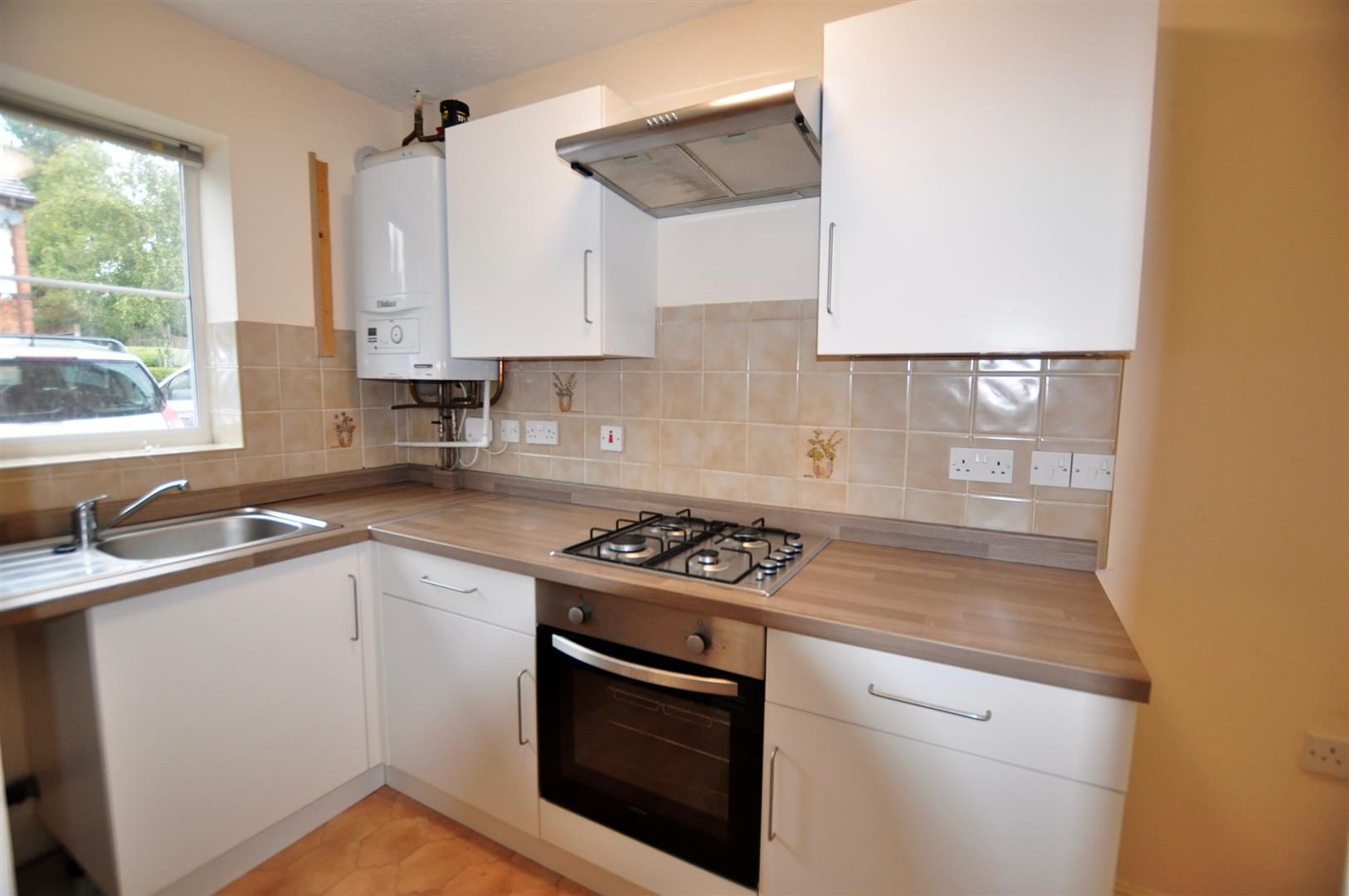 2 bed terraced for sale in Hagley  - Property Image 2