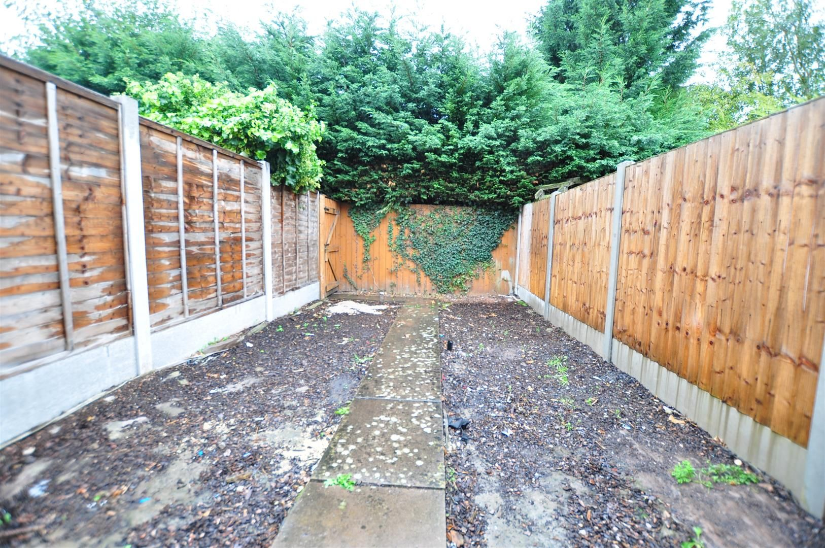 2 bed terraced for sale in Hagley 9