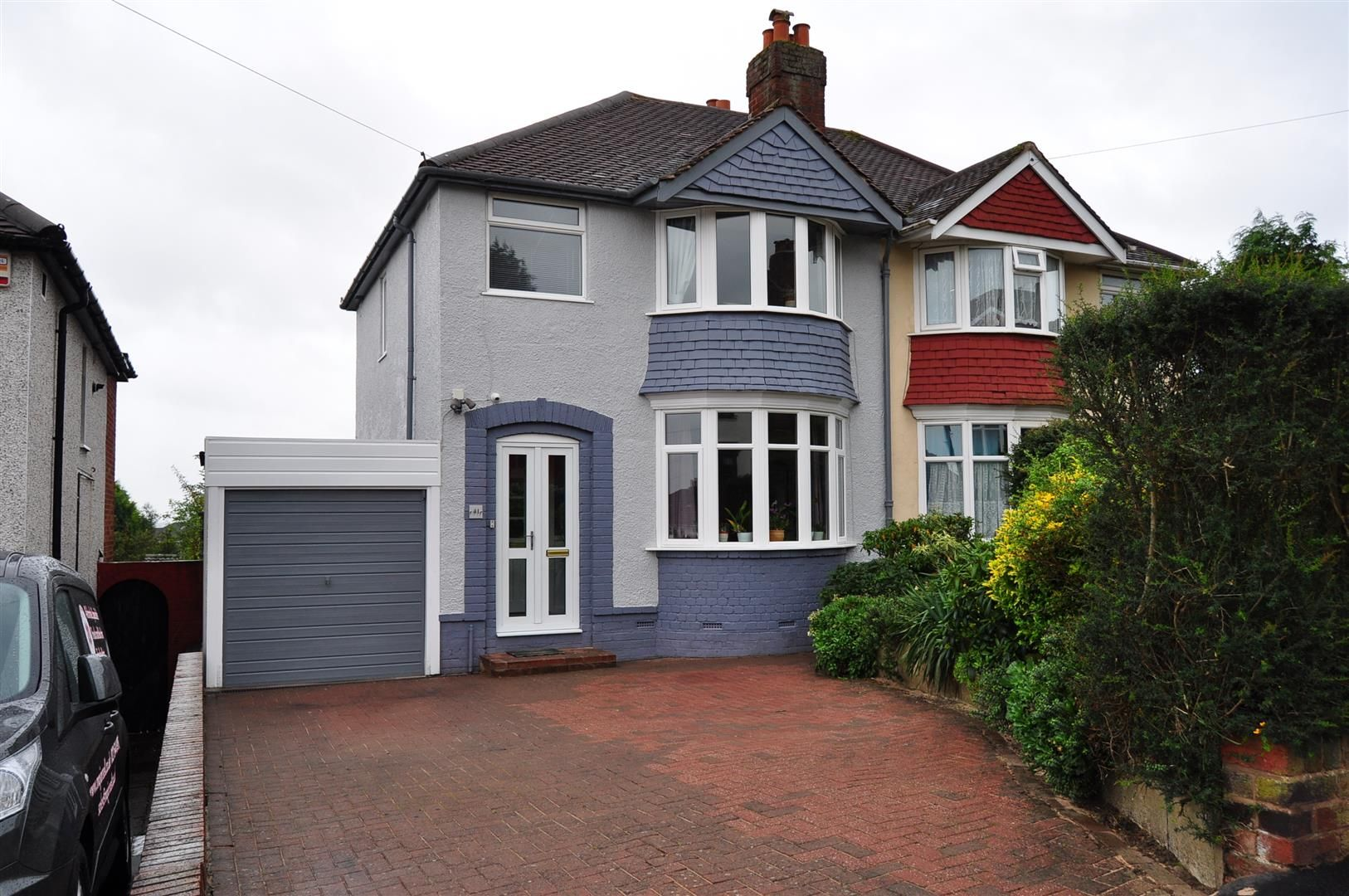 3 bed semi-detached for sale 22