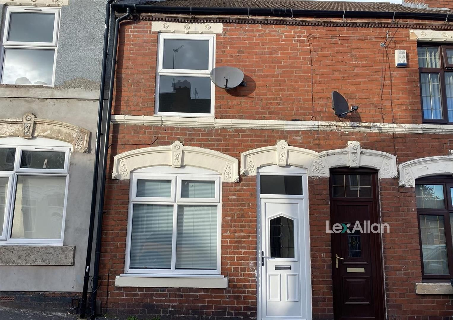 2 bed terraced for sale, DY1