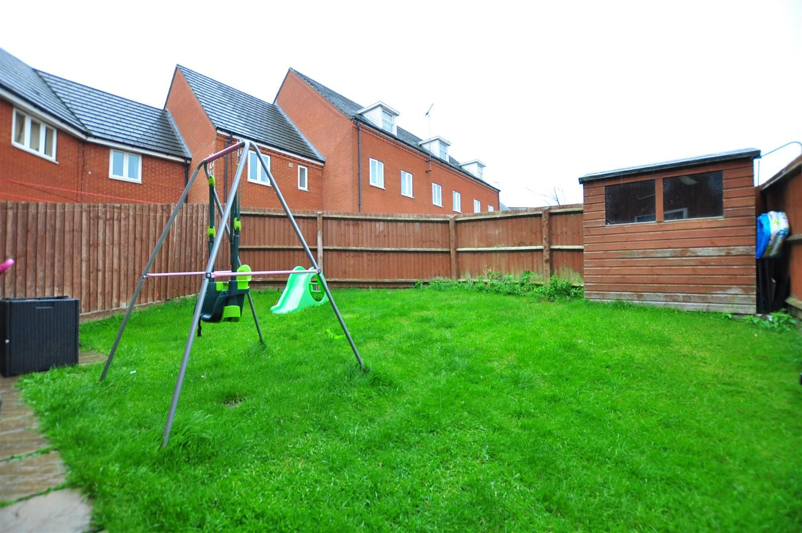 3 bed end-of-terrace for sale  - Property Image 15