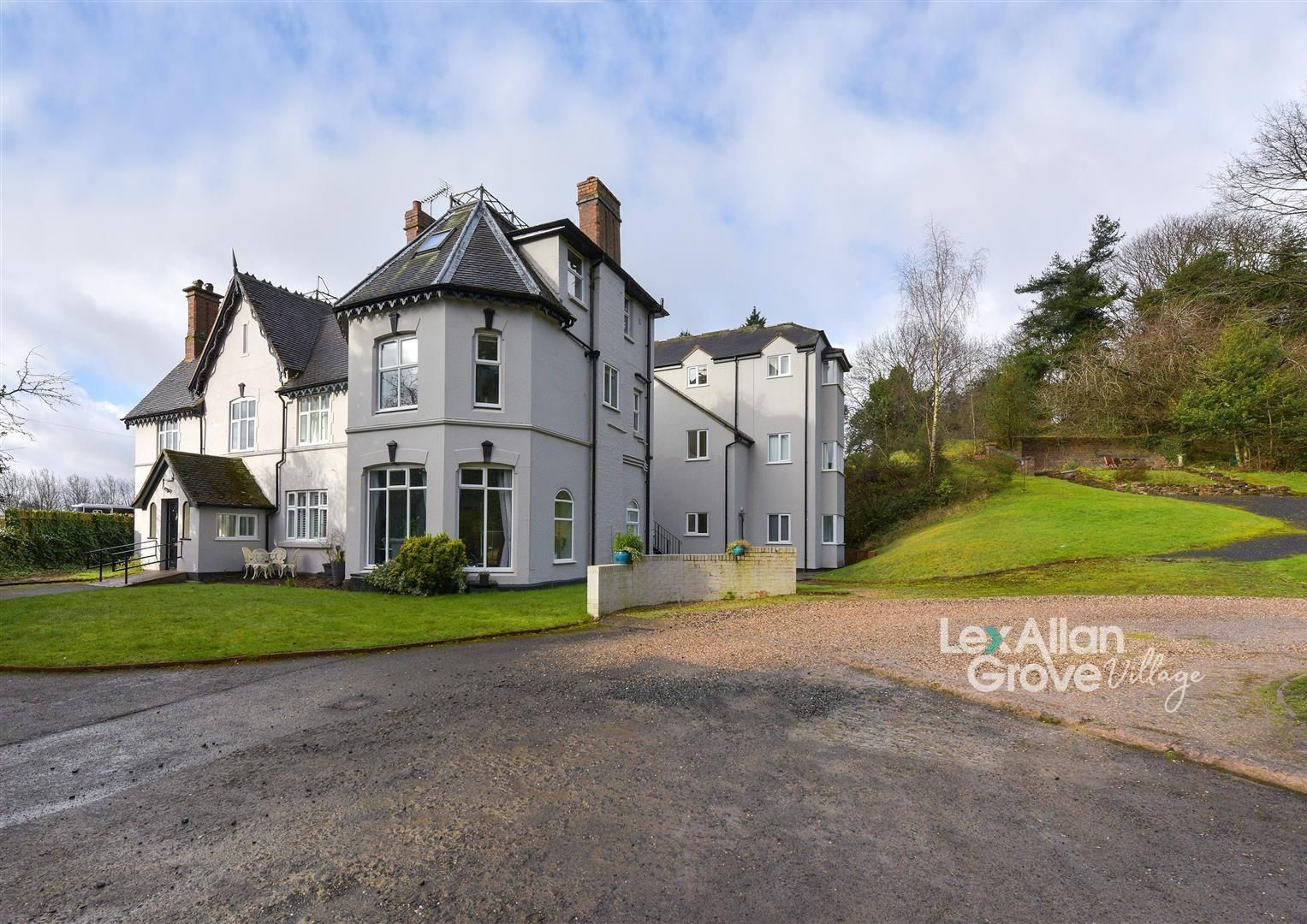 1 bed apartment for sale in Clent, DY9