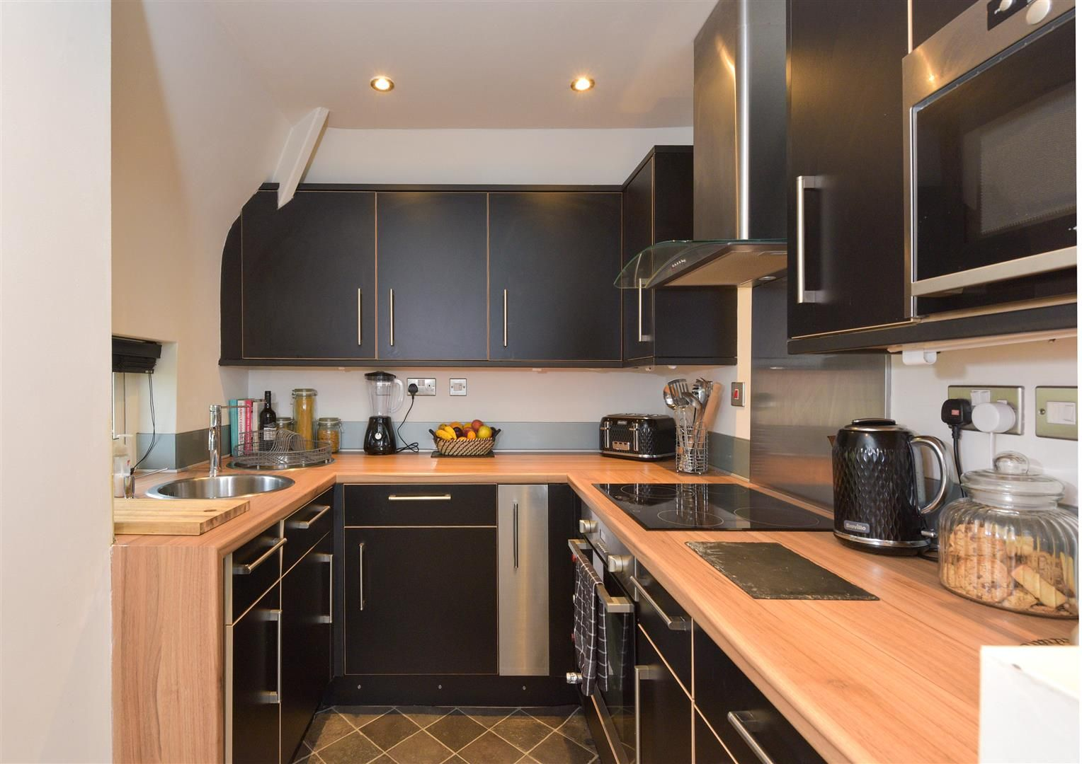 1 bed apartment for sale in Clent 8