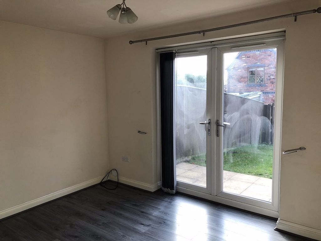 2 bed  to rent in Pensnett  - Property Image 2
