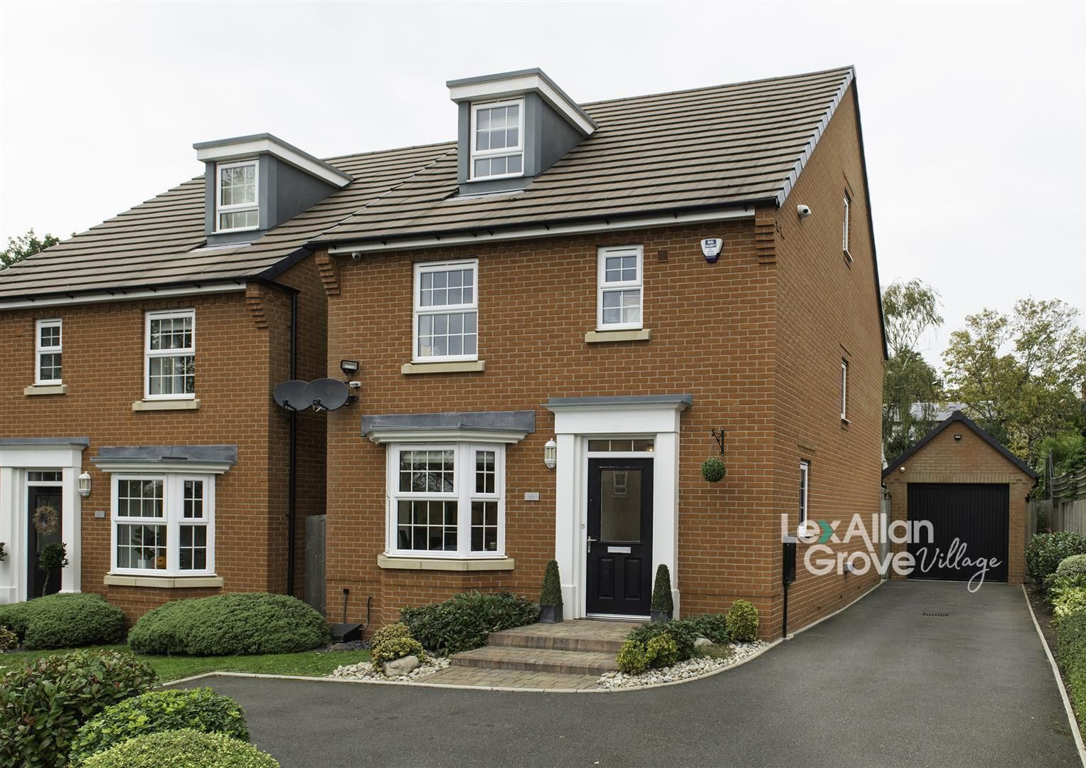 4 bed detached for sale in Hagley, DY9