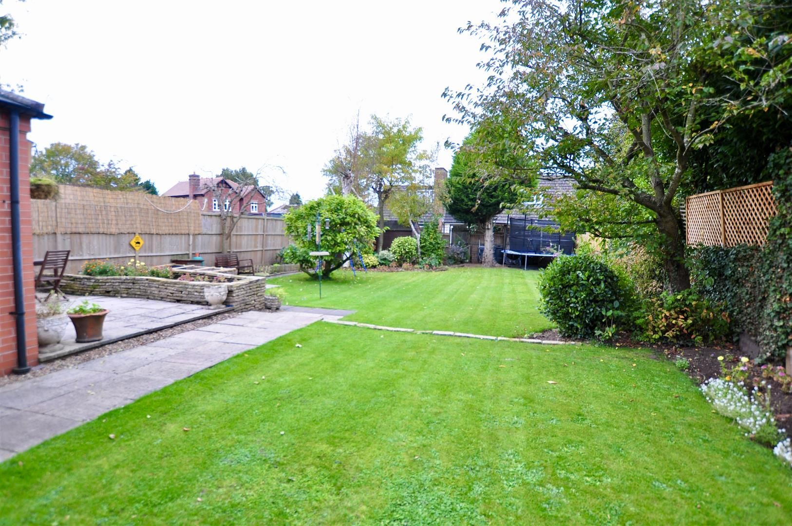 5 bed detached for sale in Hagley 19