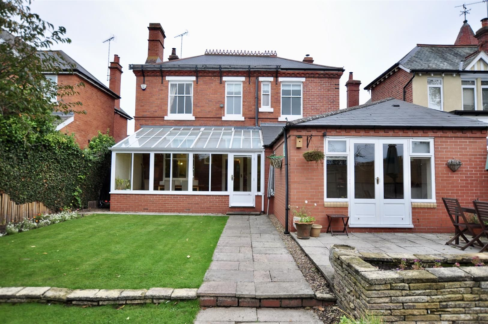 5 bed detached for sale in Hagley 20