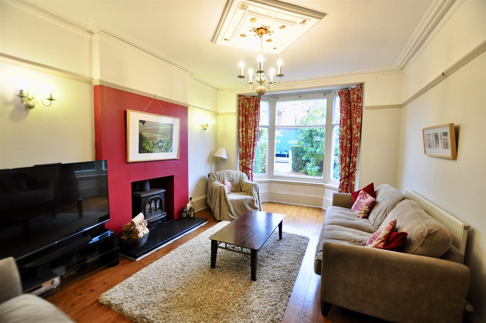 5 bed detached for sale in Hagley 5