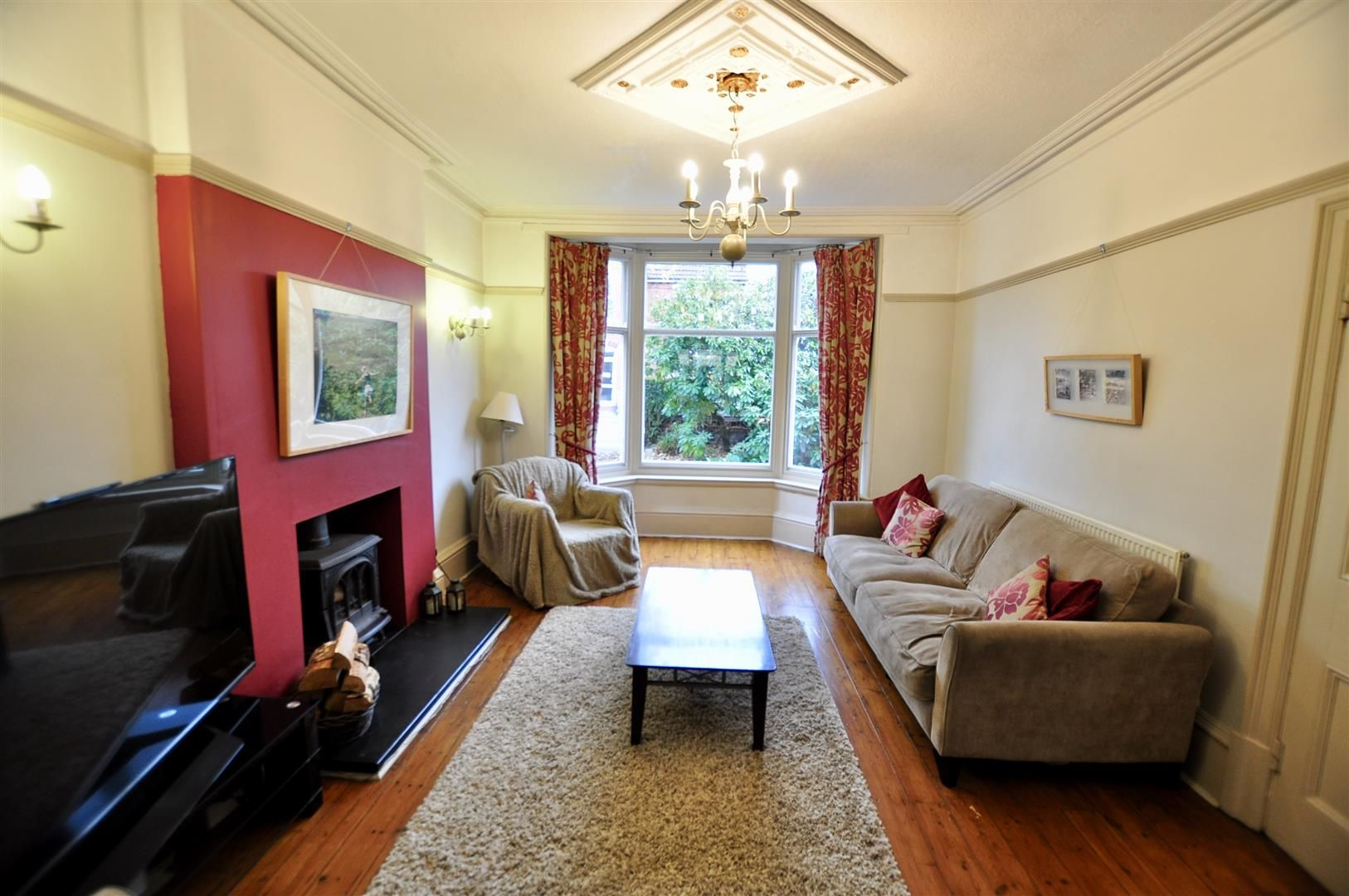 5 bed detached for sale in Hagley 8