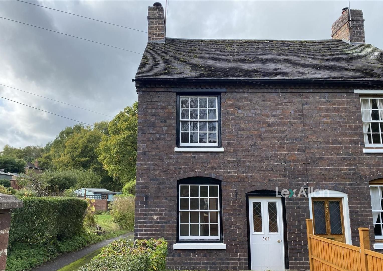 2 bed end-of-terrace for sale in Kinver, DY7