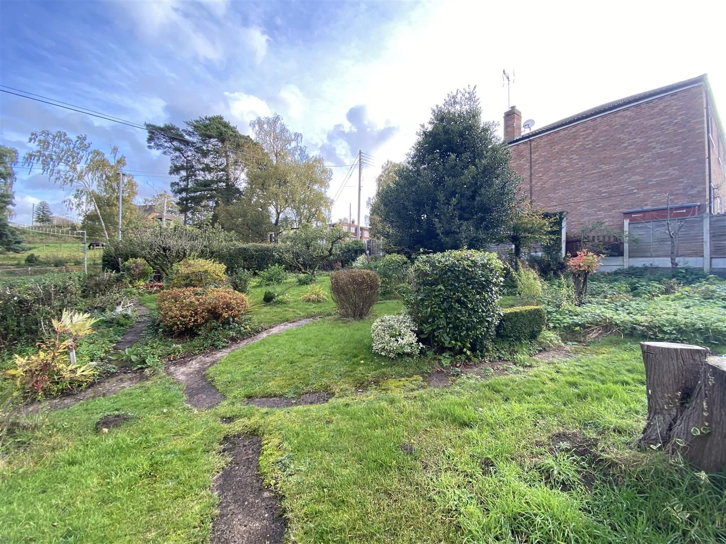 2 bed end-of-terrace for sale in Kinver  - Property Image 2