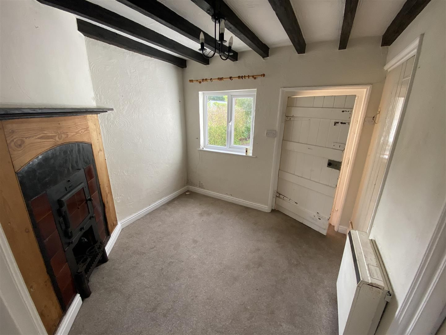 2 bed end-of-terrace for sale in Kinver 8