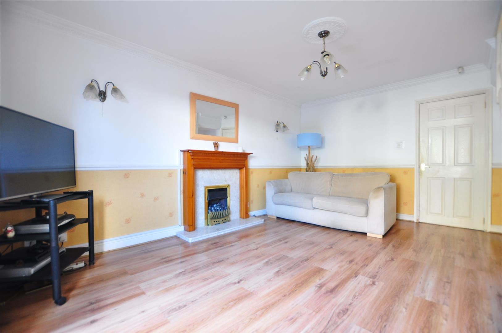 2 bed semi-detached for sale 2
