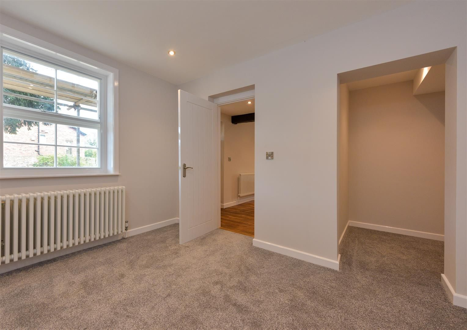 2 bed apartment for sale  - Property Image 11
