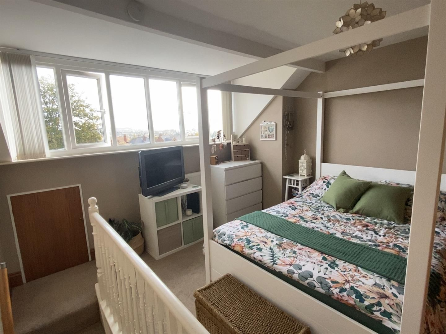 3 bed terraced for sale in Wollaston 12