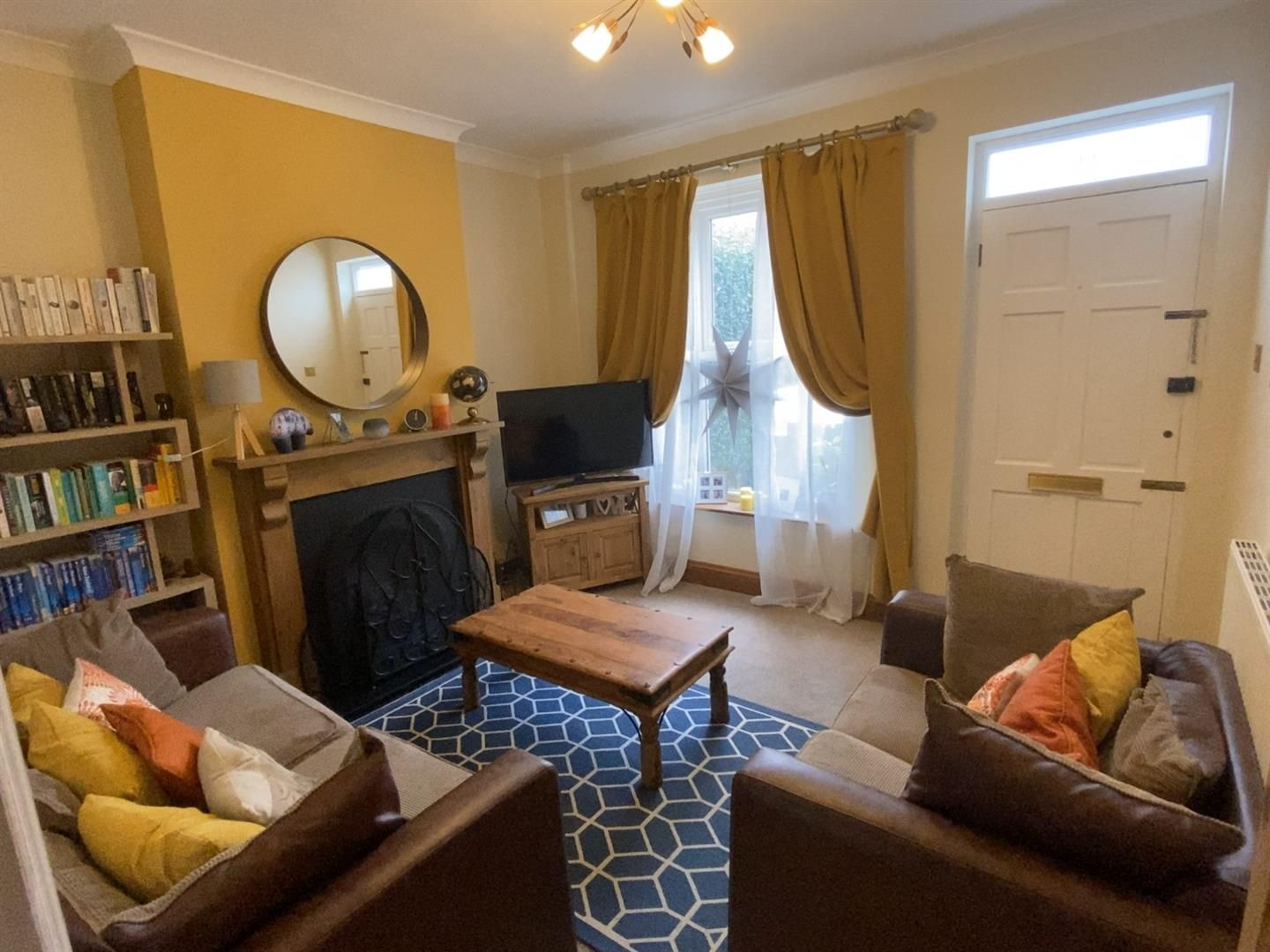 3 bed terraced for sale in Wollaston 8