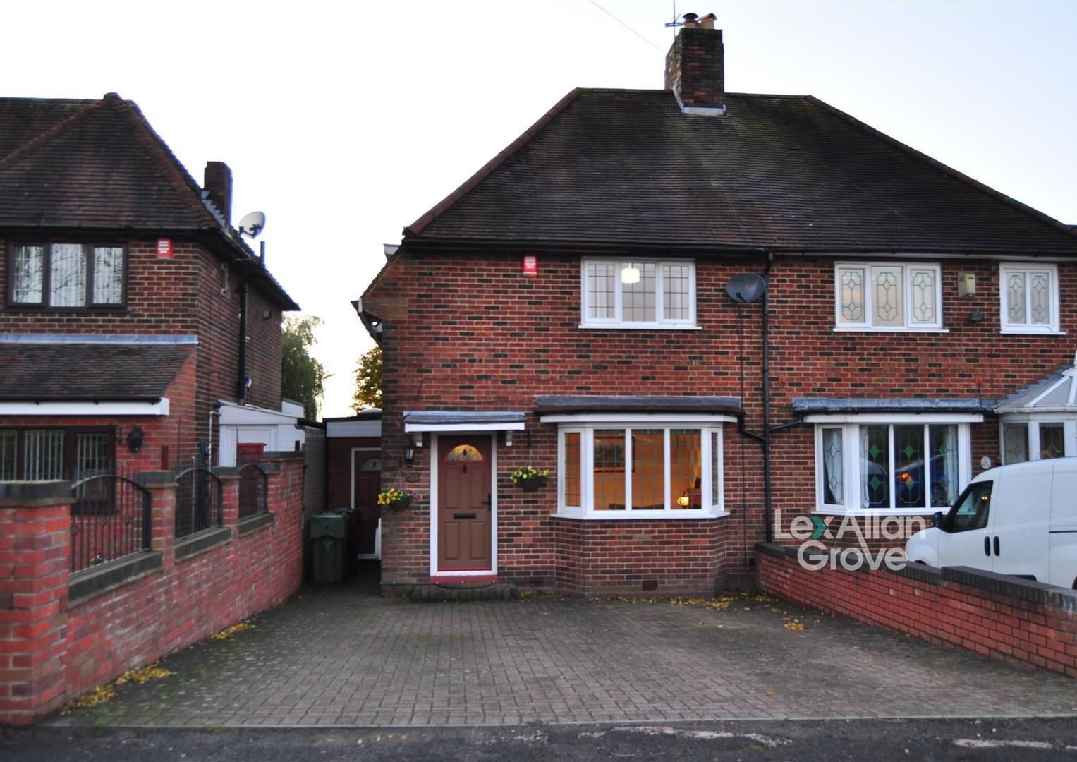 3 bed semi-detached for sale, B62