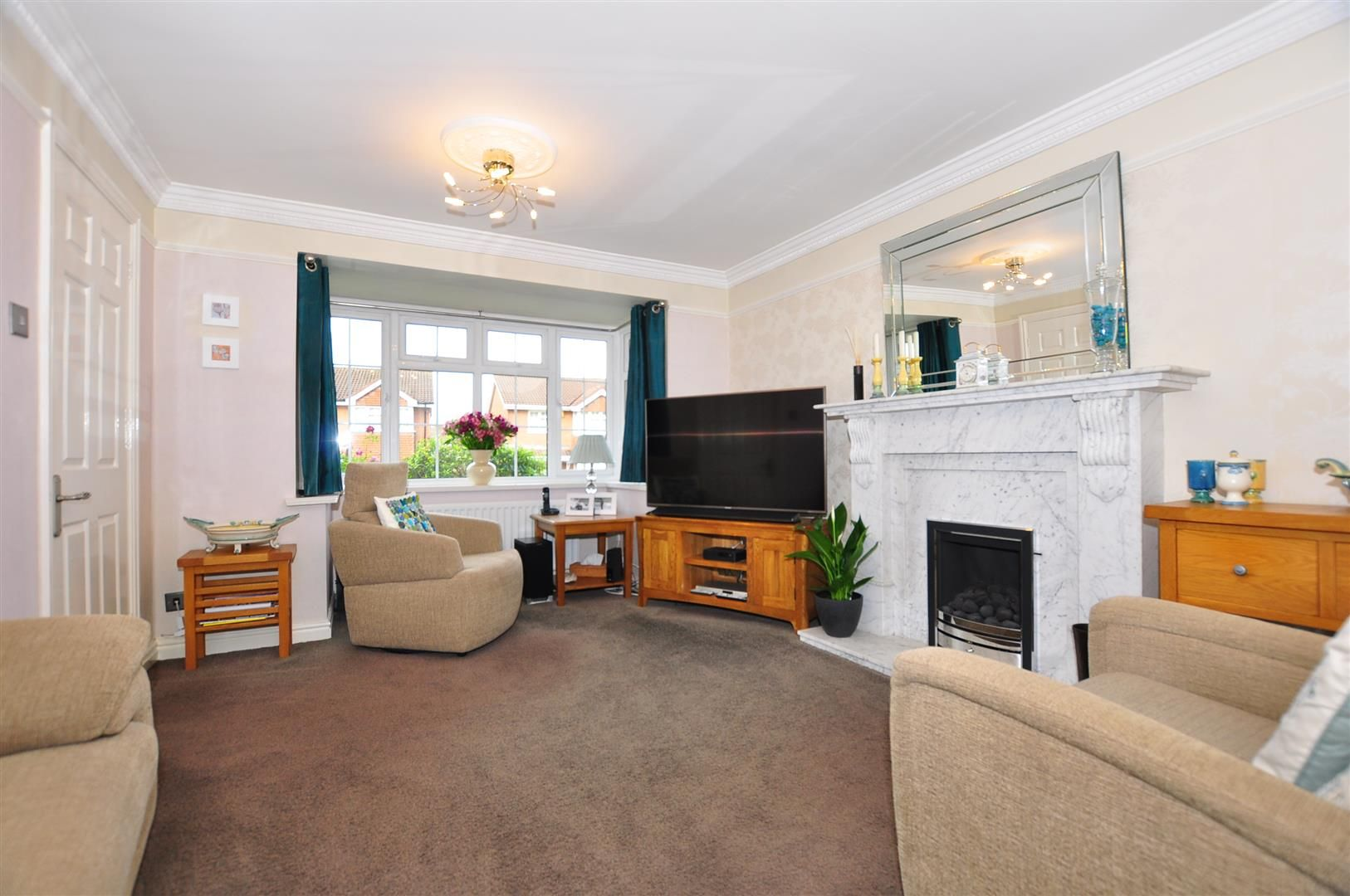 4 bed detached for sale 2