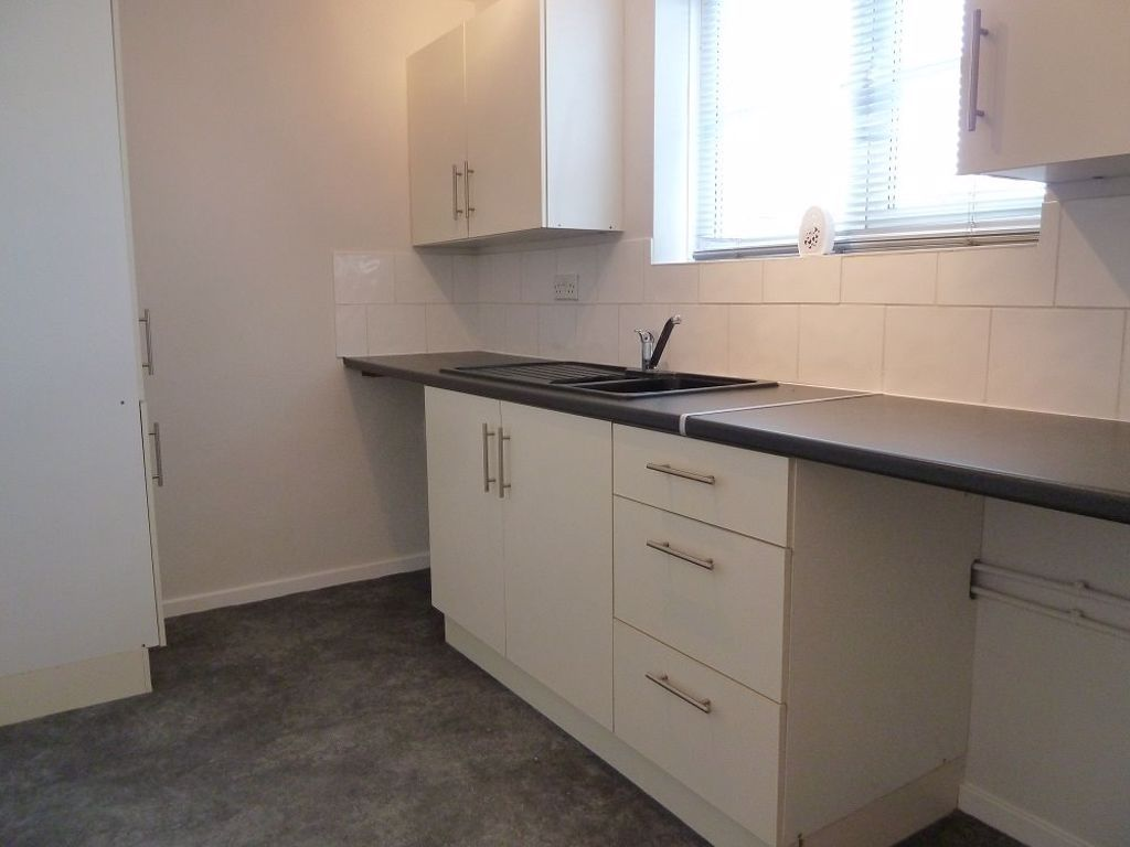 1 bed  to rent in Amblecote 4