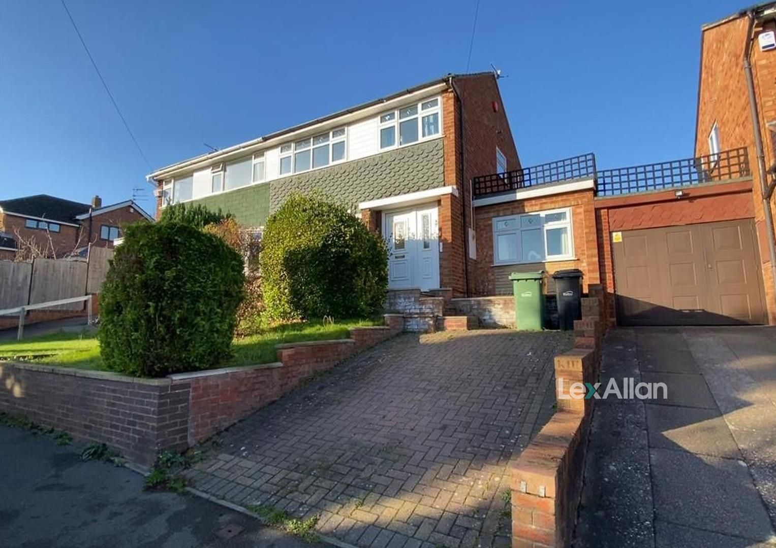 3 bed semi-detached for sale, DY6