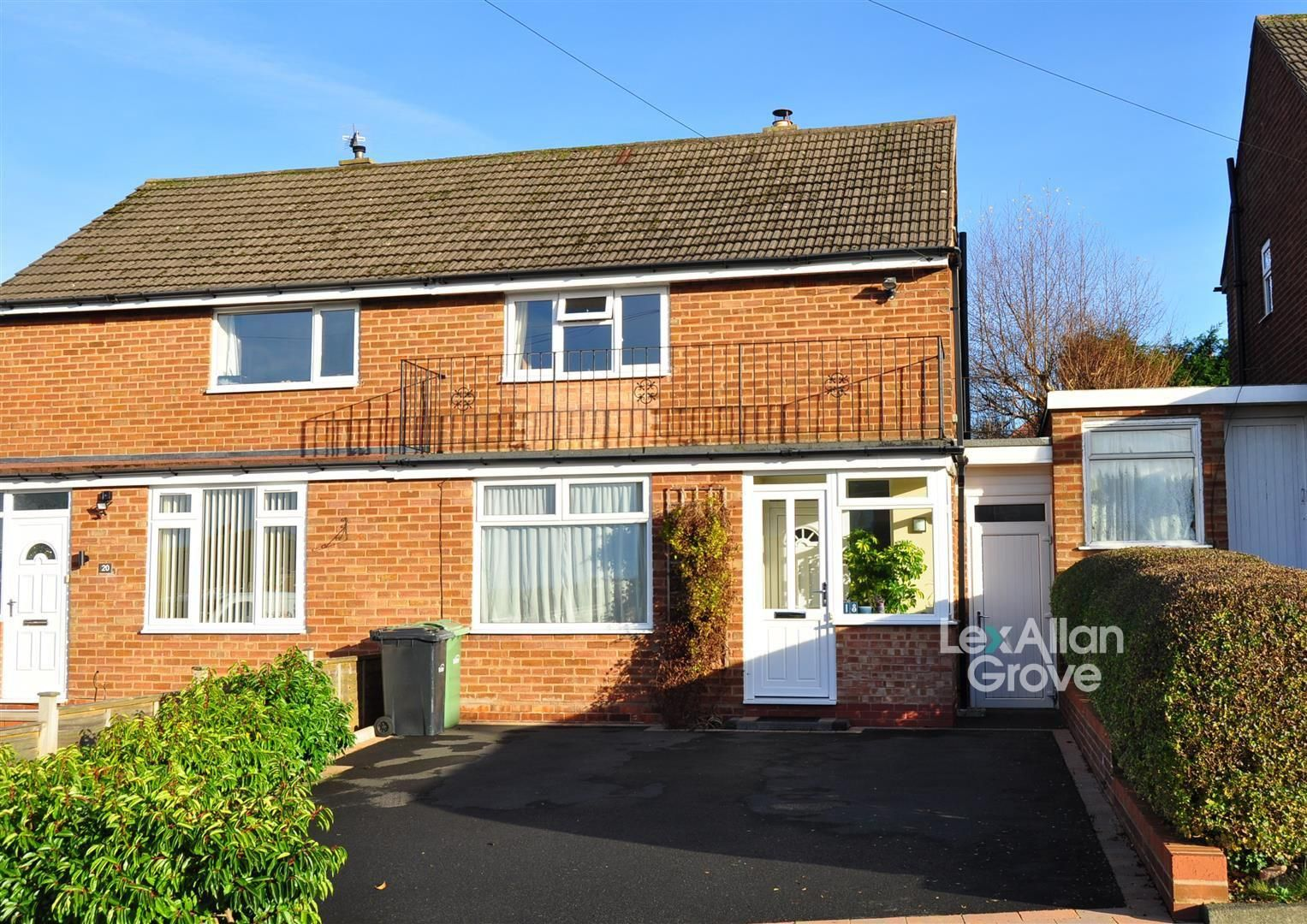2 bed semi-detached for sale, B63