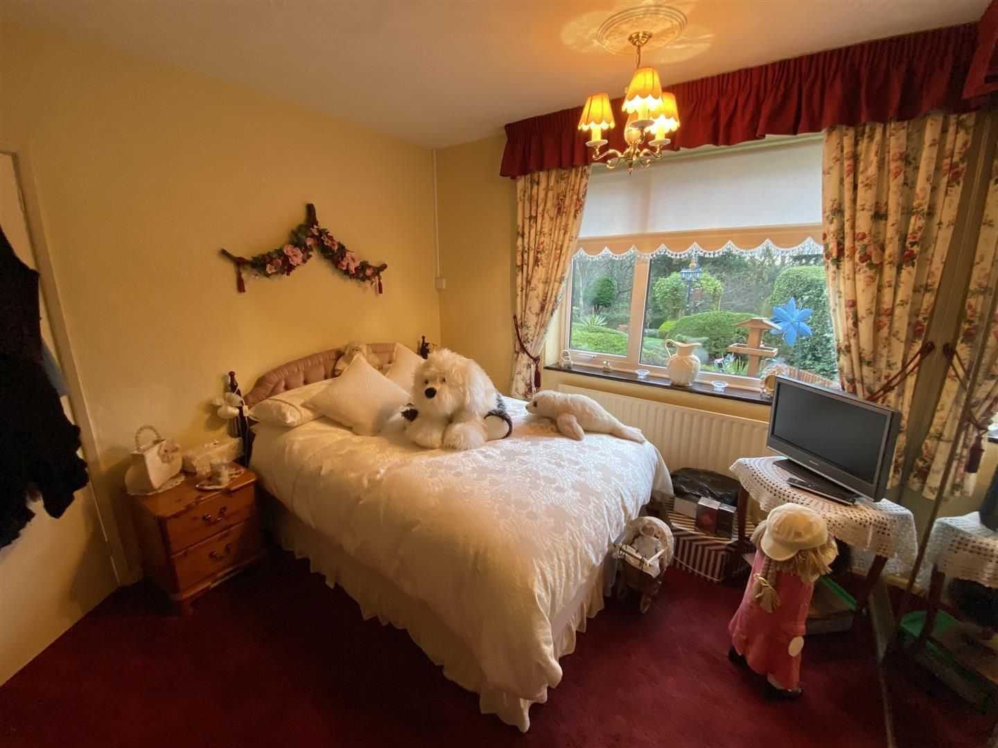 2 bed detached-bungalow for sale in Stourton 26