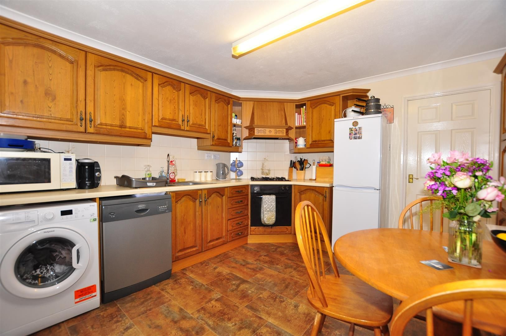 2 bed terraced for sale 5