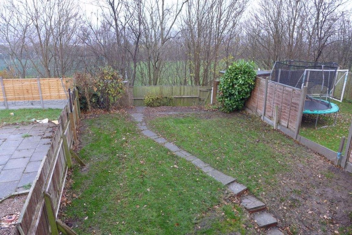 3 bed  to rent  - Property Image 15