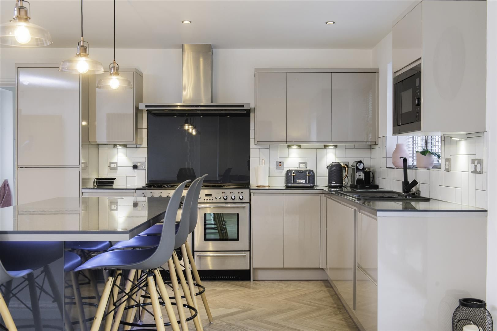 4 bed semi-detached for sale 10