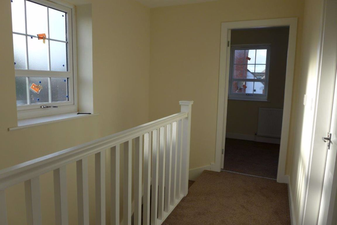 2 bed  to rent in Lye 14