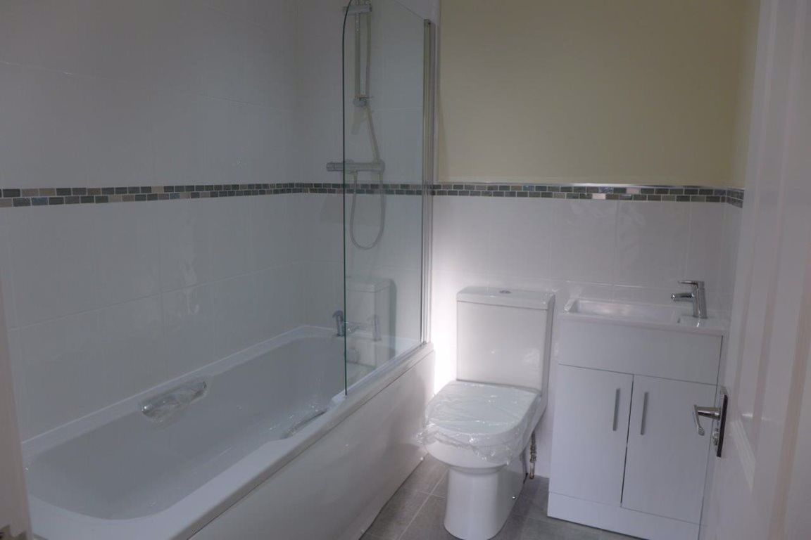 2 bed  to rent in Lye  - Property Image 10