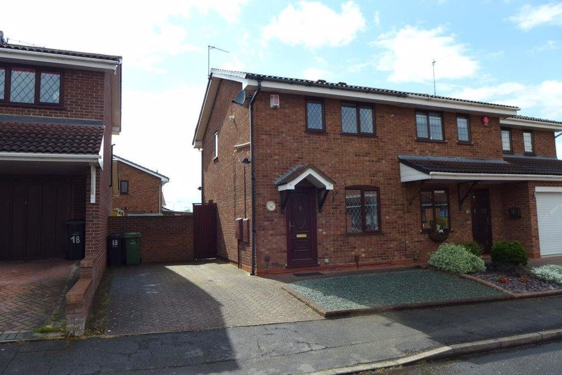 2 bed  to rent in Amblecote, DY5