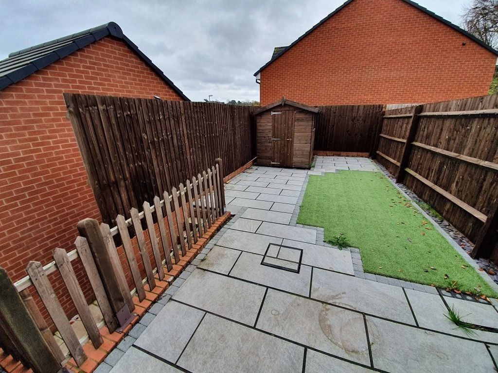 3 bed  to rent in Wollaston 4