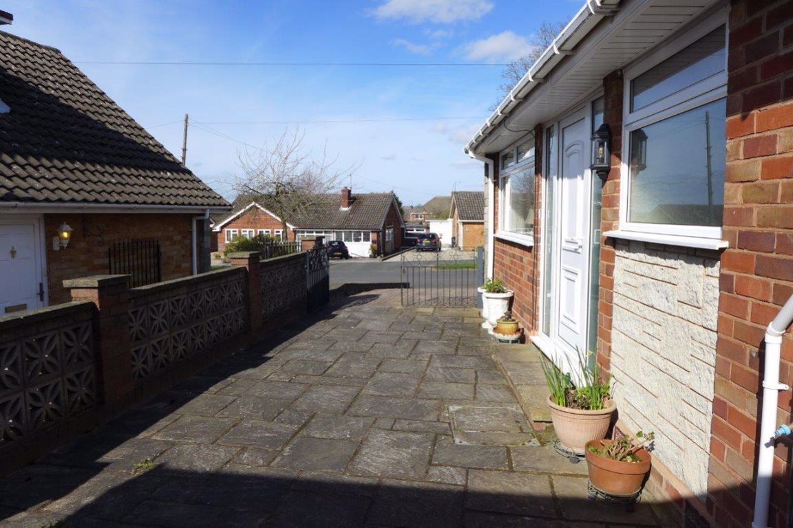 2 bed  to rent in Pedmore 18