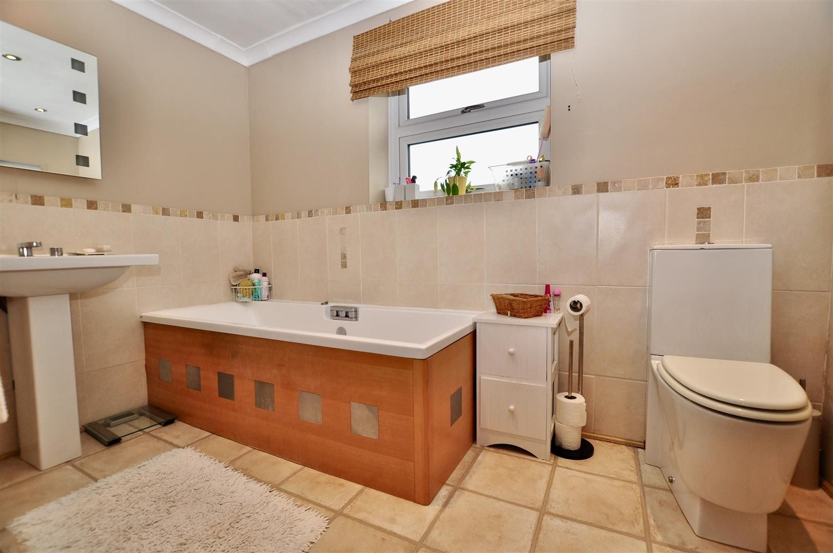 3 bed semi-detached for sale in Hagley  - Property Image 14