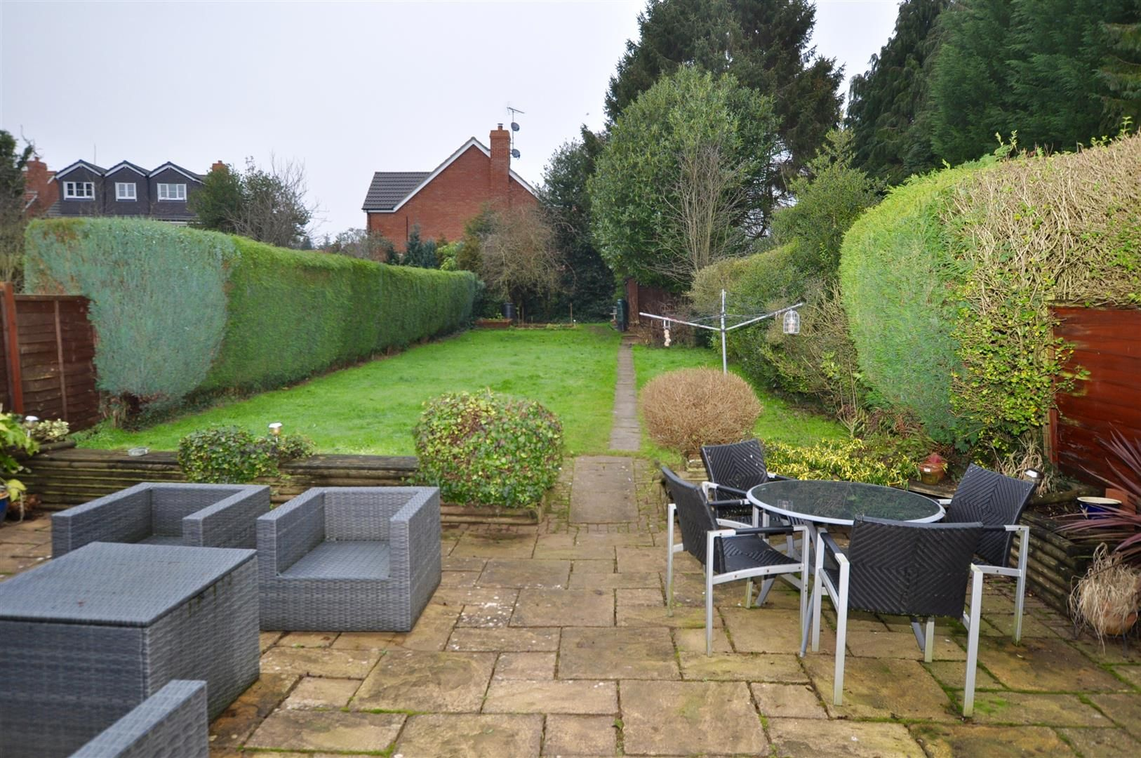 3 bed semi-detached for sale in Hagley 18