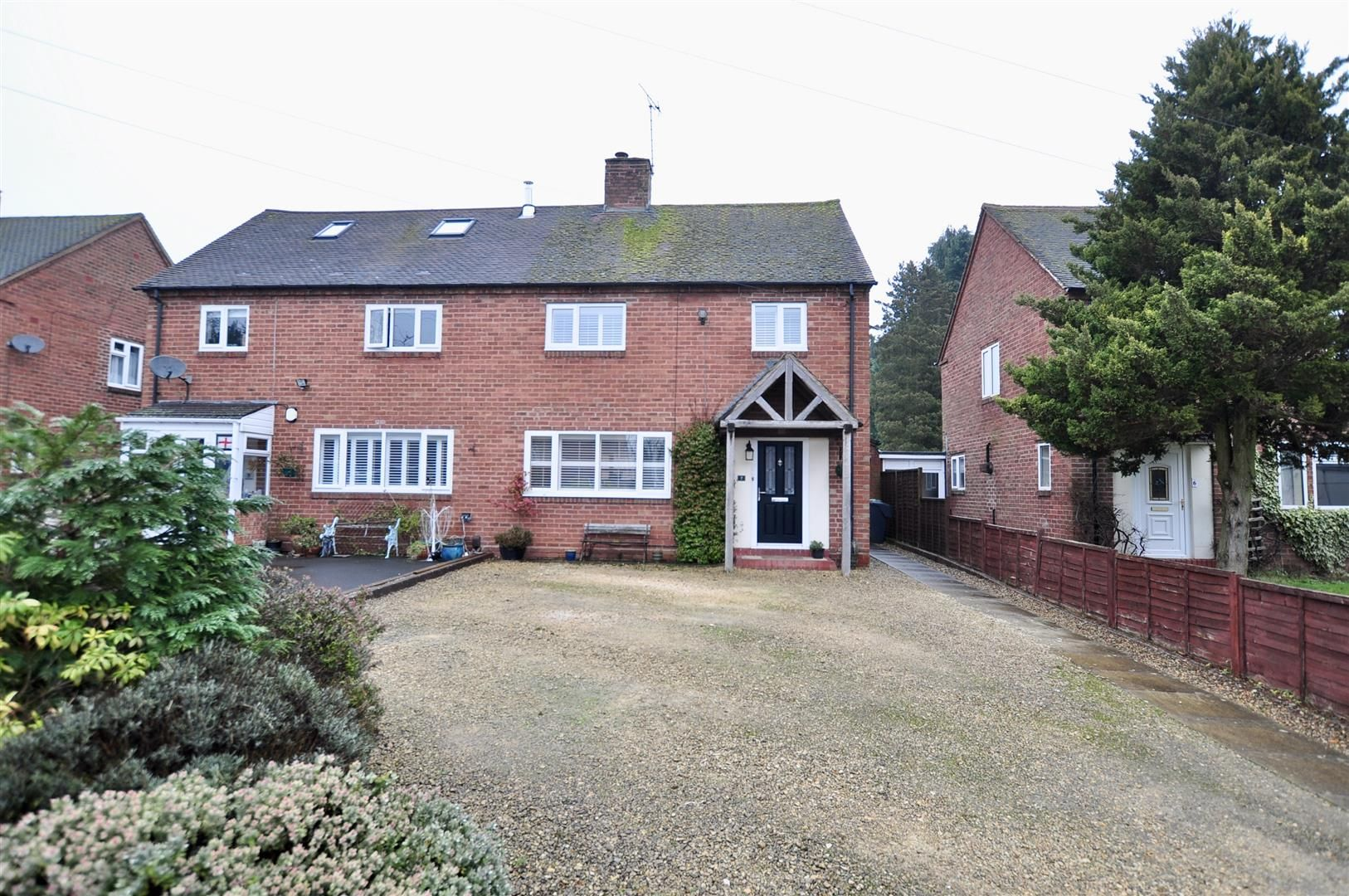 3 bed semi-detached for sale in Hagley 20