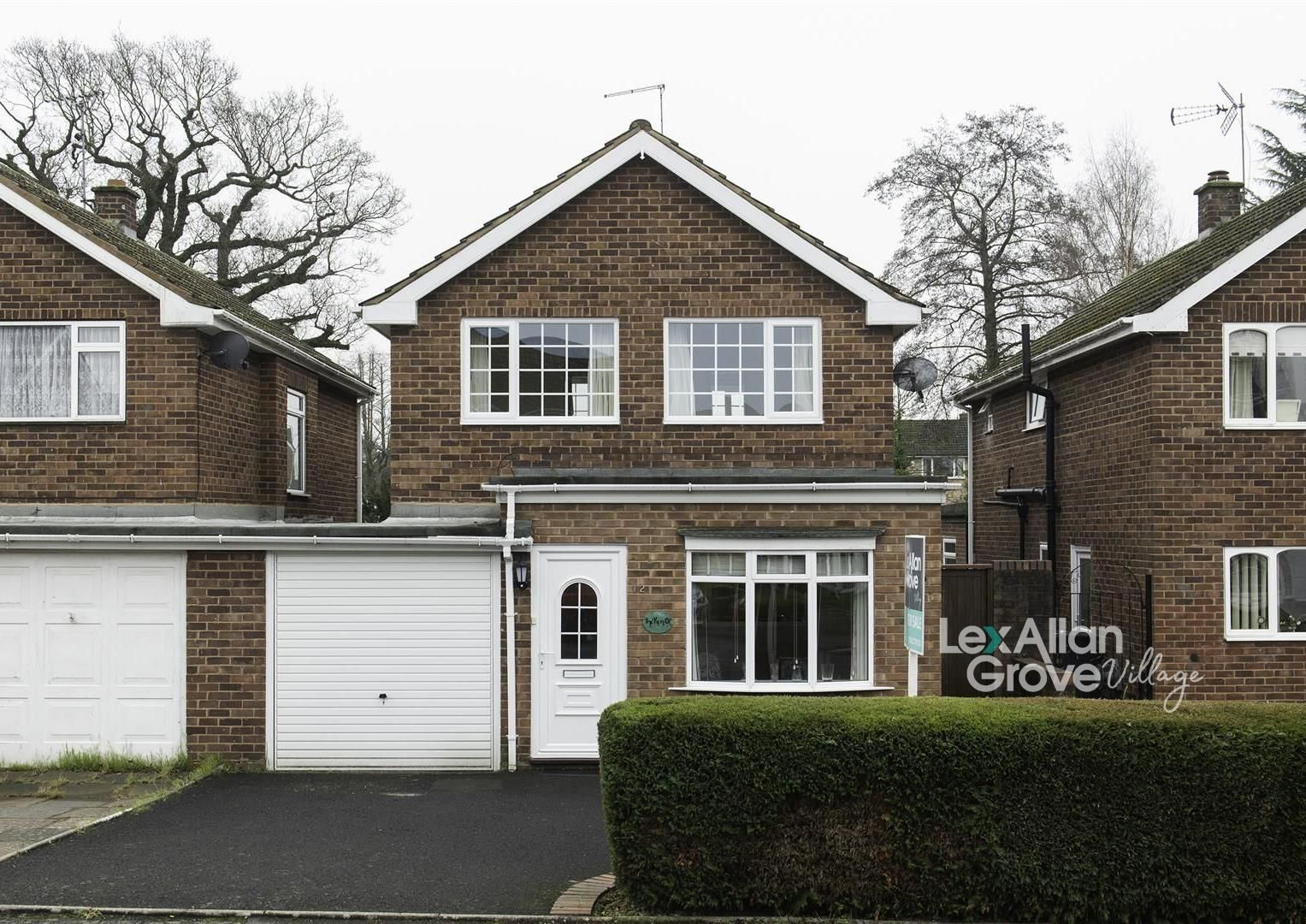 3 bed link-detached-house for sale in Hagley, DY9