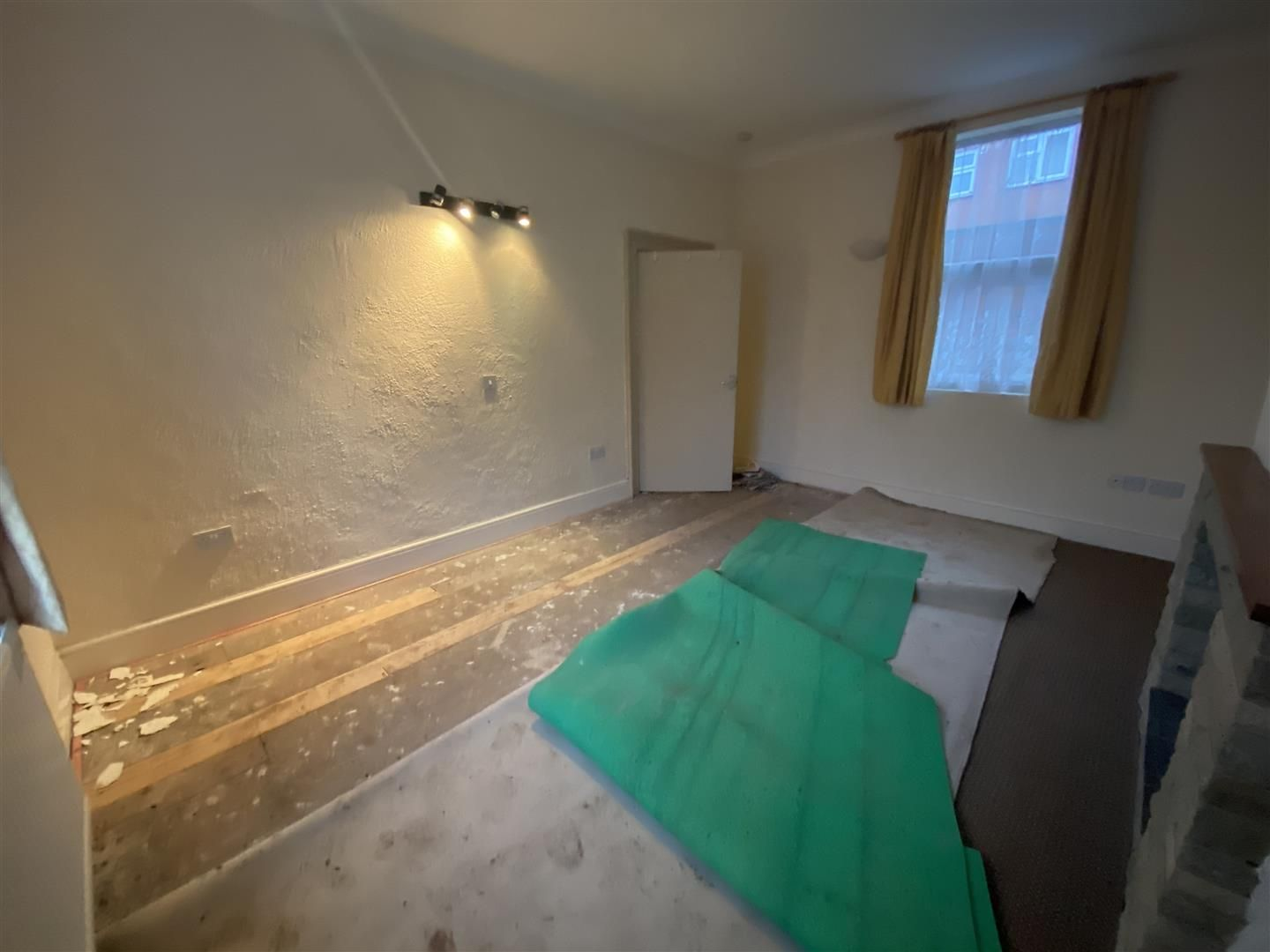 2 bed house for sale  - Property Image 17