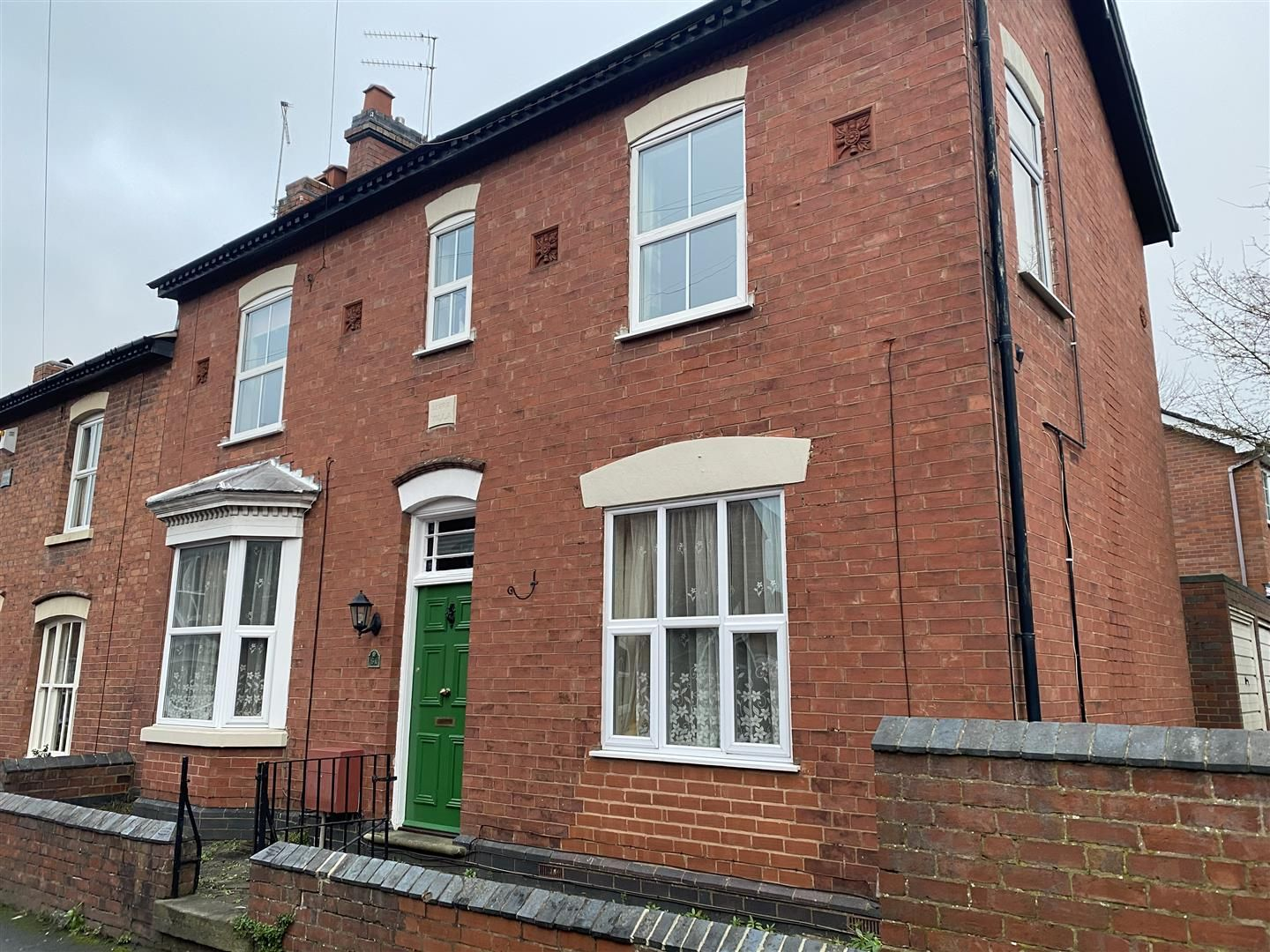 2 bed house for sale 19