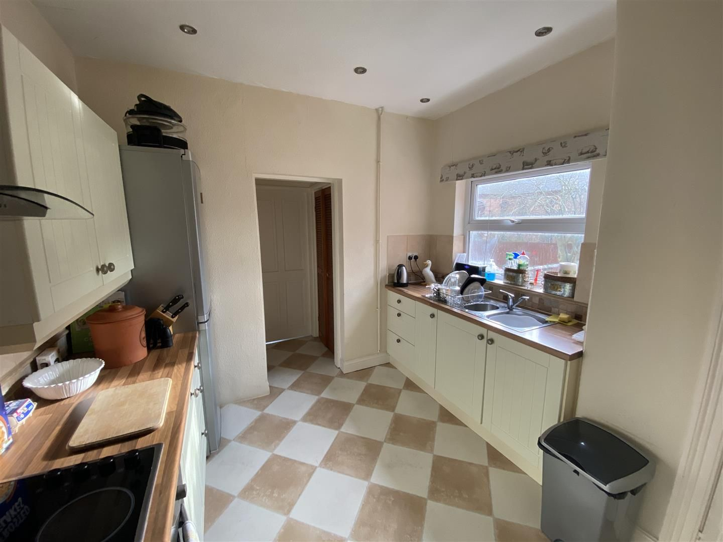 2 bed house for sale  - Property Image 5