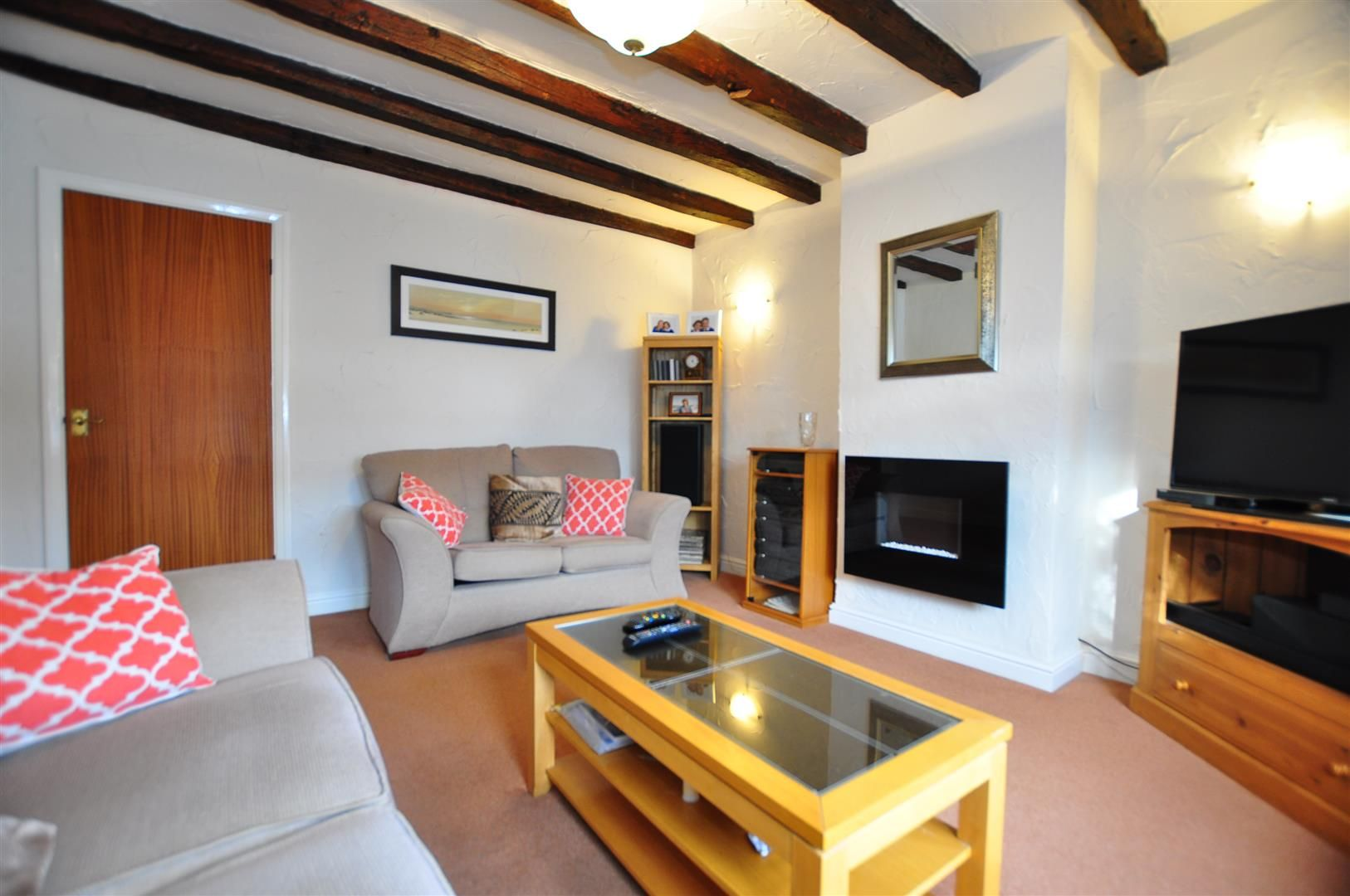 3 bed detached-bungalow for sale  - Property Image 3